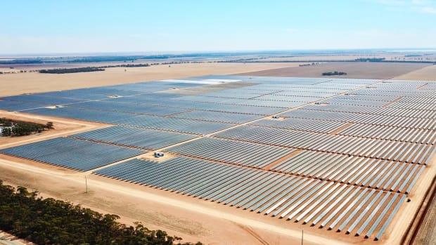 RCR Tomlinson 'undercutting' competitors to win solar