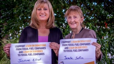 Labor's Justine Elliot and Janelle Saffin have broken ranks with party policy to support a push to ban mining donations and fossil fuel subsidies.