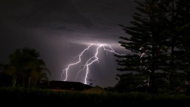 Perth's south experienced a spate of lightnings.