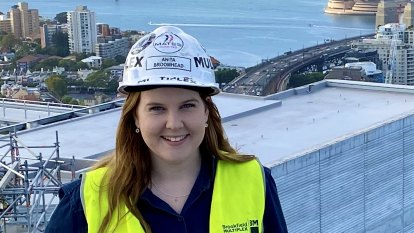 Female tradies reach for the top of the world