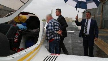 Police arrest the pilot John Charles White, 67.