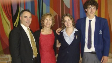 Sarah Waugh with her parents Mark and Juliana, and brother Jonathan.