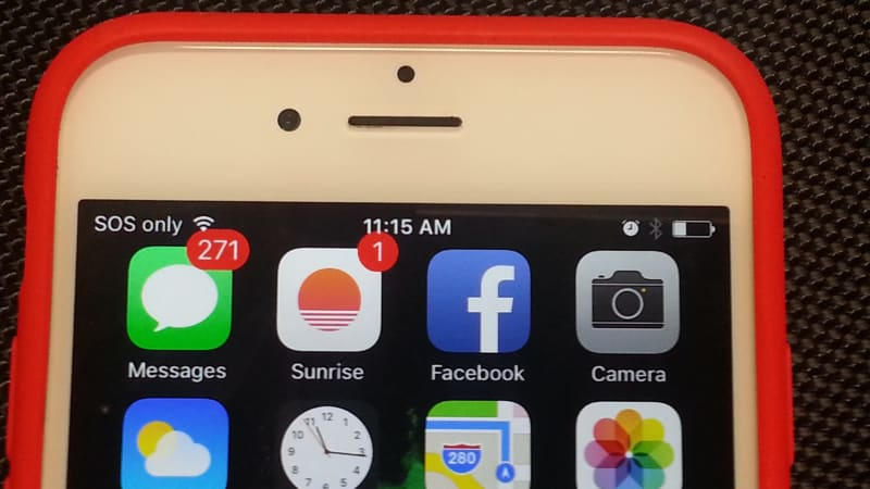 Apple admits iPhone 6s battery problem, suggests solution