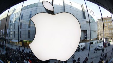 Samsung have been ordered to pay Apple $128.9 million.