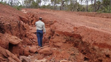 Gully erosion accounts for much of the sediment ending up in the rivers and ultimately the reef.