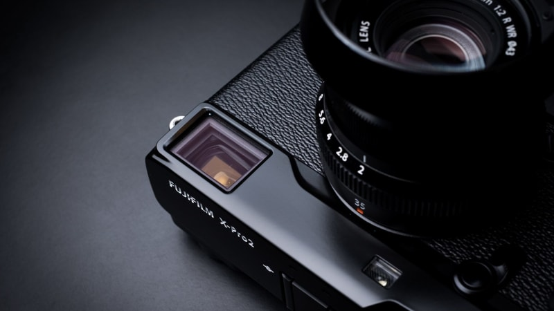 Review: Fujifilm's incomparable X-Pro2 versus the Leica Q