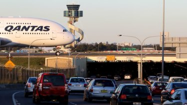 Roads Minister Duncan Gay has warned motorists that a $500 million upgrade to roads in and around Sydney Airport will not resolve congestion immediately.