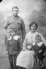 Alfred Lovett with family.