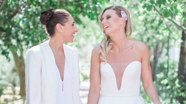 Penny Taylor (right) and her wife Diana Taurasi.