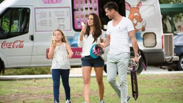 <i>The Bachelor</i> season three's Sam Wood with Snezana Markoski and her daughter Eve in during an episode of the show last year.
