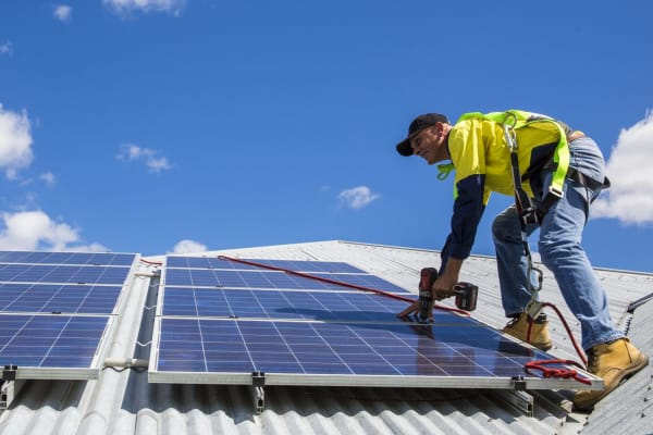 Top 100 postcodes making money from solar