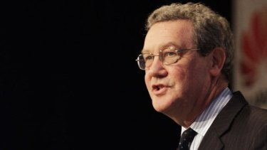 Alexander Downer said it won't be in the interests of the Western world if Brexit negotiations break down in acrimony.