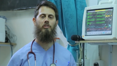 In the new video, Australian doctor Tareq Kamleh attacks Muslims who haven't joined the terrorist group.