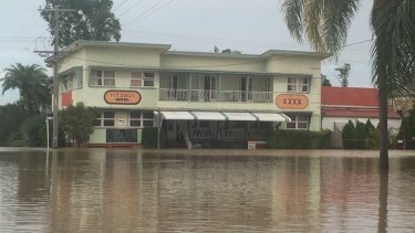 The Fitzroy Hotel is continuing its tradition of trading through natural disasters as floodwaters rise in Rockhampton.