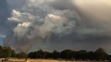 Ash from an out-of-control bushfire burning near Waroona has forced the closure of several Bunbury petrol stations.