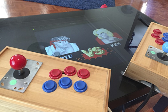 You can play classic Street Fighter on RetroPi.
