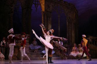 Principal artist Yanela Pinera in Queensland Ballet's The Sleeping Beauty production in 2015.