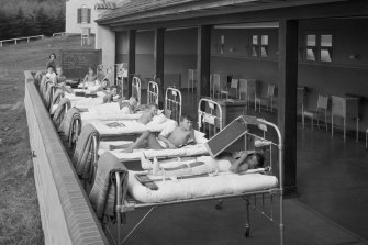 Polio treatment at Melbourne's Frankston Children's Hospital, 1936.