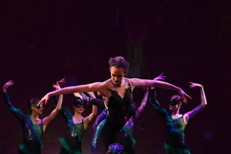 Sera Schuller in Victorian State Ballet's The Little Mermaid.