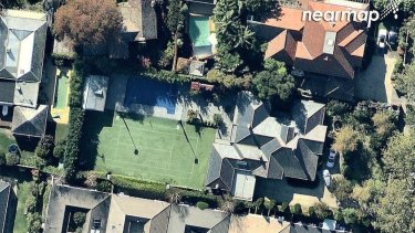 33-35 Huntingtower Road, Armadale, was bought last October for $10.8 million and will now be demolished.