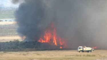 Bushfires continue to burn out of control in the Stockyard Creek and Mullet Lake areas in Merivale, Esperance.