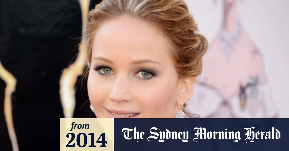 Fake nude celebrity links trigger New Zealand internet