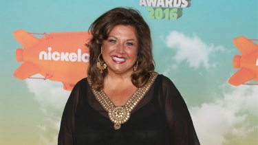Abby Lee Miller will plead guilty to failing to declare Australian currency on returning to the US after a meet-and-greet tour in 2014.