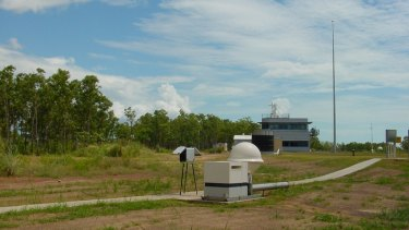 Equipment to measuring radionuclide in the atmosphere near Darwin.