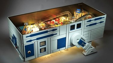 R2-D2 pinball coffee machine