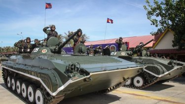 Cambodian Prime Minister Hun Sen commands a 6000-strong personal bodyguard unit.