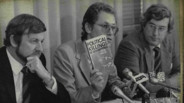 Harris van Beek (centre) at a  press conference to launch Amnesty International's campaign against political killings.