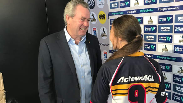 ACT Brumbies women sign autographs and land sponsorship deal with ActewAGL