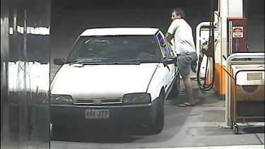 Police are looking for this one-legged man, last seen stealing petrol in the Tweed Heads area.