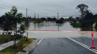 Queensland weather. Flooding through Rocklea.