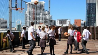 Perth's only high-rise school, St George's Anglican Grammar School, has a rooftop basketball court.