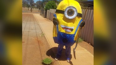 The minion taunted his victim following the bizarre theft.