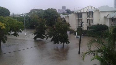 East Brisbane with cars submerged