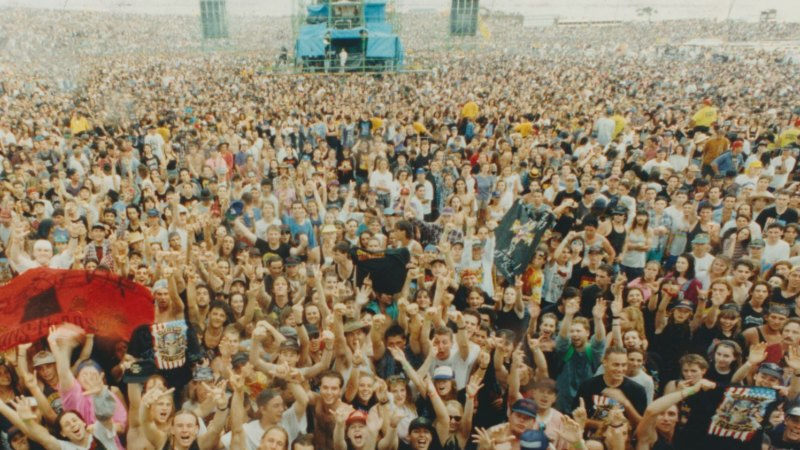 Guns N' Roses 1993 concert: 'It was blast-furnace heat'...and then it got  worse
