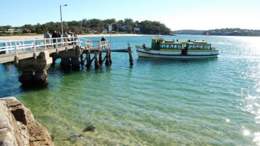 The Bundeena ferry.