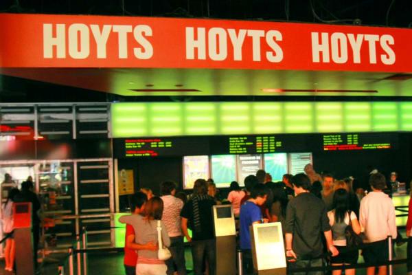 Chinas Dalian Wanda Buys Cinema Chain Hoyts