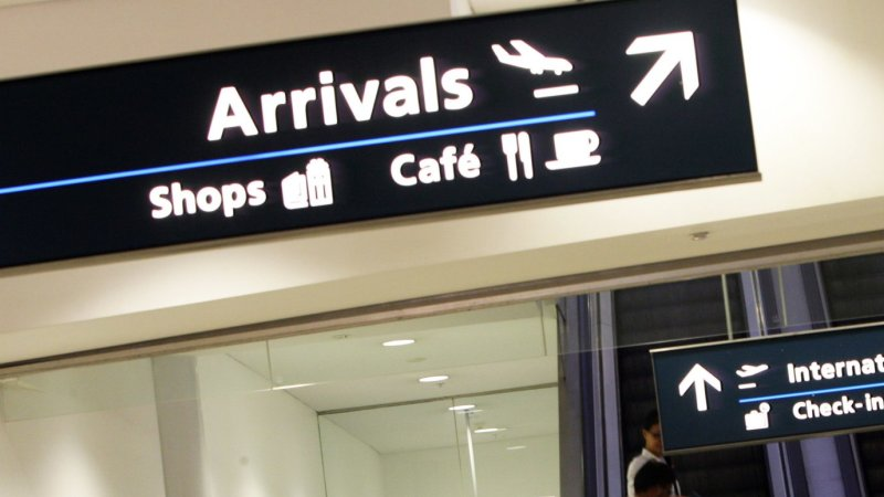 Foreign Affairs Auto >> Sydney Airport rides the Chinese tourism wave