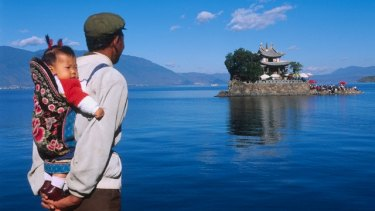 Erhai Lake in Yunnan Province is one of the largest freshwater lakes in China. It had become heavily polluted with phosphorus and nitrogen, leading to algal blooms.