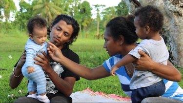 Rohingya refugee Alex Rashid and his wife Molly and children on Manus Island