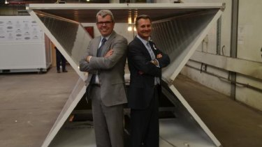 Andrew Hamilton and Neale Sutton in front of the Humanihut.