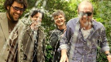 Crowded House in 2008 (l-r) Matt Sherrod, Mark Hart, Neil Finn, Nick Seymour.
