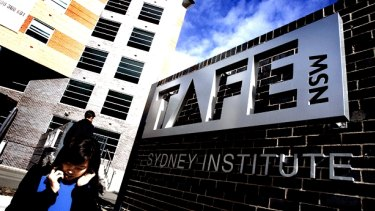 Enrolments at TAFE Sydney Institute are in chaos.