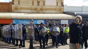 Police are surrounded in Kalgoorlie.