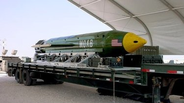 US forces in Afghanistan dropped the military's largest non-nuclear bomb on an Islamic State target in Afghanistan.