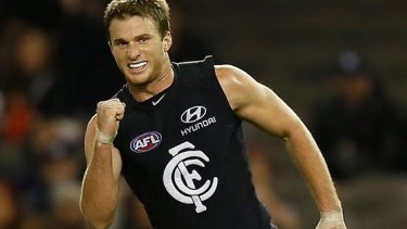 Lachie Henderson's early call has rekindled the debate about loyalty in footy
