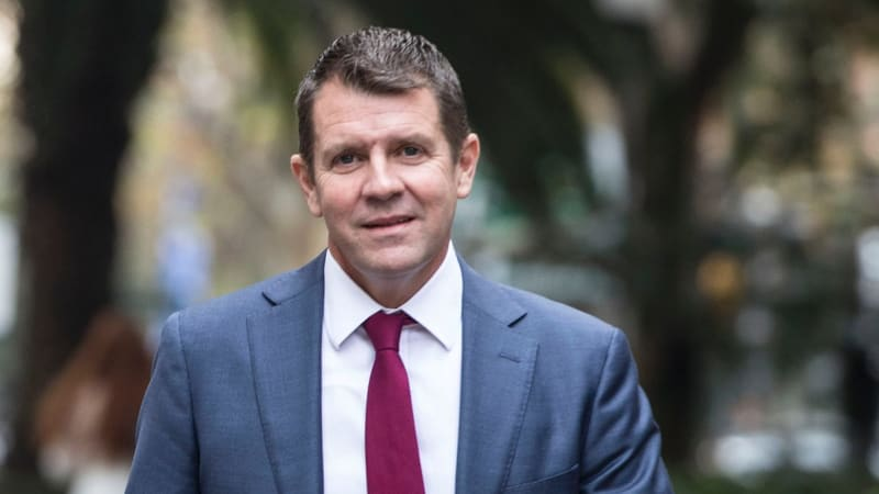 NAB pledges to keep rural branches open as Mike Baird trust